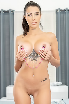 Azul Hermosa Fetish With Perfect Boobs