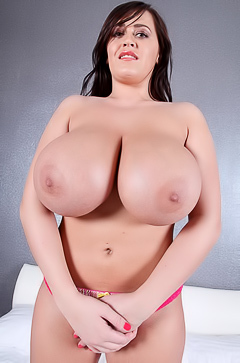Leanne Crow Oiled Titties