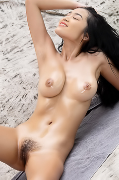 Asian Girl KAHLISA Oiling Her Big Boobs