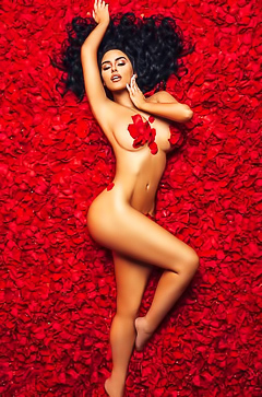 VIP Beauty Abigail Ratchford