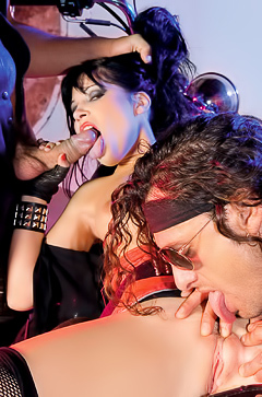 Rebeca Linares Fucking the Riders